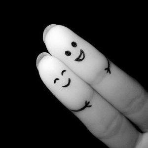fingerhug